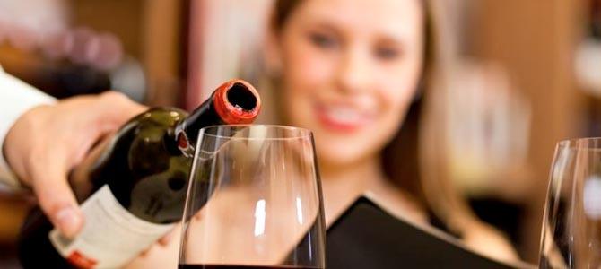 Las propiedades del vino tinto que te encantarán
