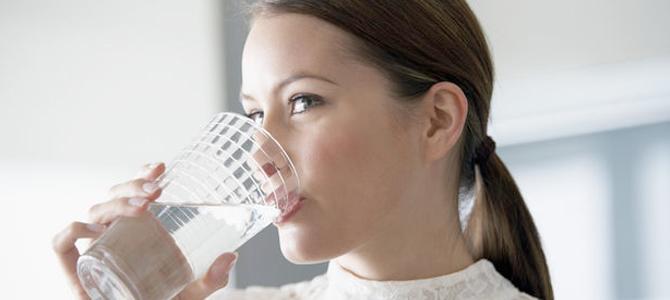¿Por qué beber agua es bueno para la salud?
