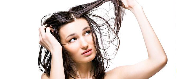 ¿Cómo luchar contra el cabello graso?